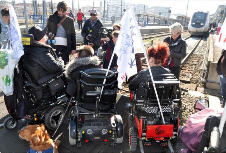 Handi Social Oct 2018 Toulouse Matabiau station